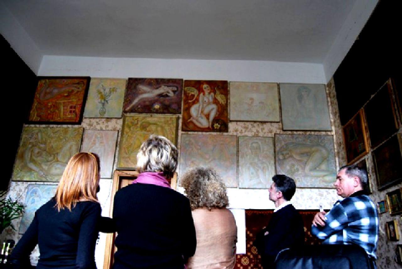 Квартира-музей Льва Овчининкова и его основательница и хранительница музейных ценностей Зоя Овчинникова5